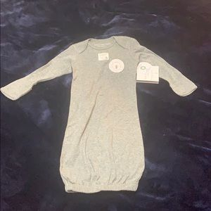 Burts bees baby brand new with tag 0-6m night gown